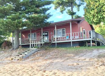 Lombard Cabin