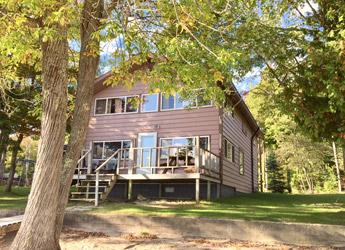 Lombard Lodge